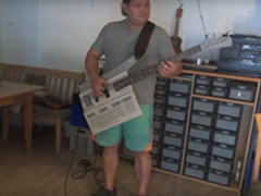 Commodore 128 Bass guitar