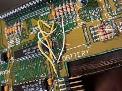 Lewin Day - Amiga 500+ reparatie